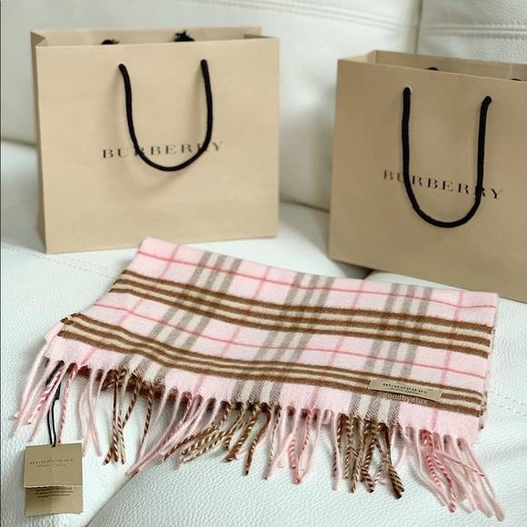 Burberry Scarf (Authentic/Never Worn)